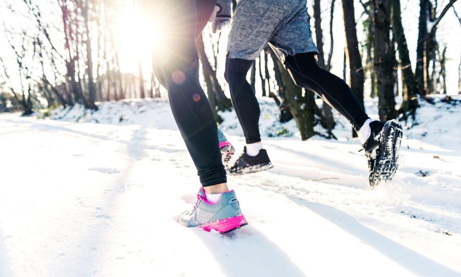 Runners in the snow