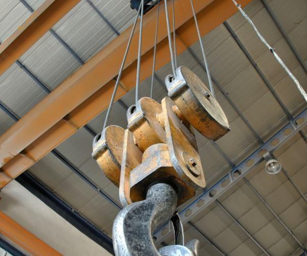 OverheadCrane-600x500.jpg